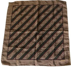 Gucci vintage pocket square scarf/wrap